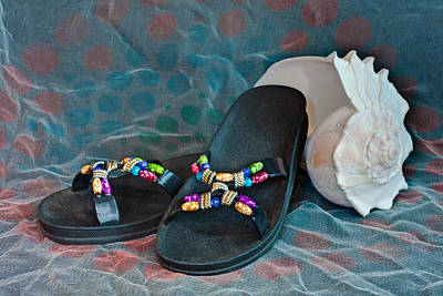 Photograph - Flip Flop Conch Shell by Patti Deters