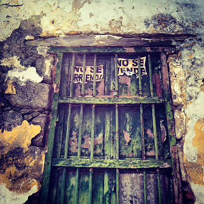 Background Photograph - No Se Vende Sign On Very Old Window by REO De Jongh