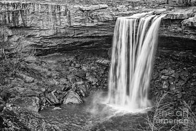 Travel - Noccalula Falls by Todd Bielby