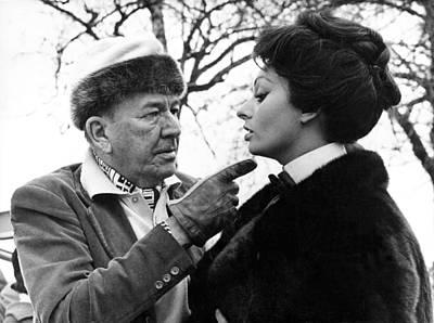 Noel Coward And Sophia Loren Art Print by Underwood Archives