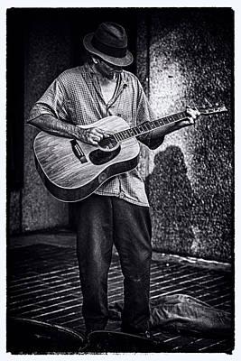 Asheville Drawing - Noir Guitar by John Haldane