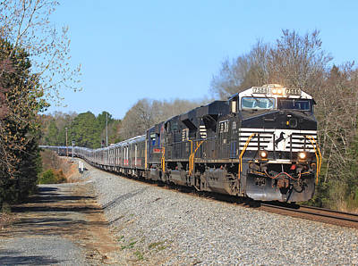 Photograph - Norfolk Southern Circus Train by Joseph C Hinson Photography