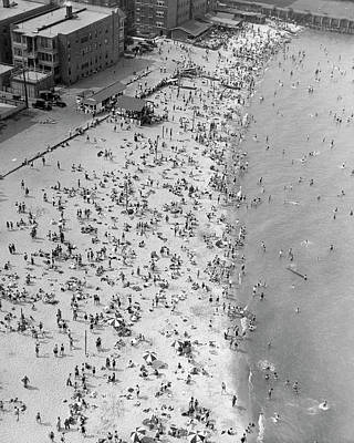 Photograph - North Beach In Chicago by Underwood Archives