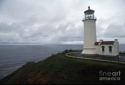 Grey Clouds Photograph - North Head Lighthouse by Bruce Roberts