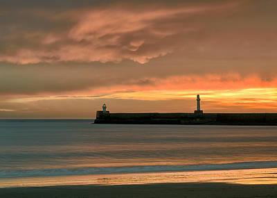 North Pier Dawn Art Print by Dave Bowman