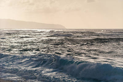 Photograph - North Shore Waves by Lars Lentz