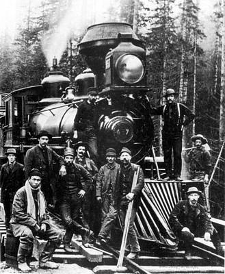 Photograph - Northern Pacific Railroad Work Party by Science Source