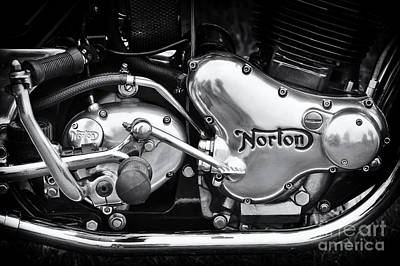 Engine Photograph - Norton Commando 850 Engine by Tim Gainey