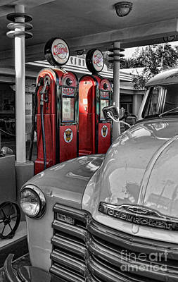 Photograph - Nostalgia At The Pump by Lee Dos Santos