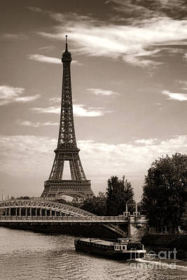Nostalgic Journey In Paris Art Print by Olivier Le Queinec
