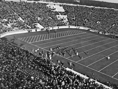 Indiana Photograph - Notre Dame-usc Football Game by Underwood Archives
