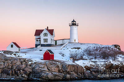Photograph - Nubble Glow 2 by Susan Cole Kelly
