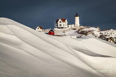 Maine Landscape Photograph - Nubble Snow Drift by Benjamin Williamson