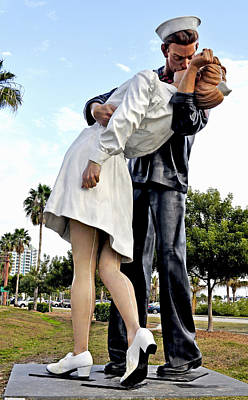 Bayfront Park Photograph - Nurse And Sailor Kissing Statue Unconditional Surrender Daytime  by Sally Rockefeller