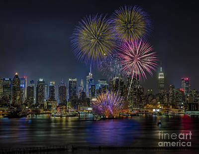 Nyc Celebrates Fleet Week Art Print by Susan Candelario