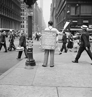 Street Vendor Photograph - Nyc Corner Vendor by Dorothea Lange