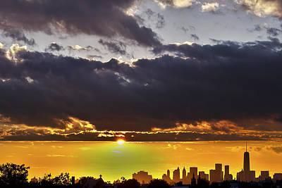 Canon Rebel T2i Photograph - Nyc Sunset Sky by Samir Mustafic