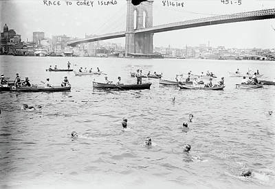 Photograph - Nyc Swimming Race, 1908 by Granger