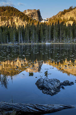 Photograph - Nymph Lake Sunrise by Lee Kirchhevel