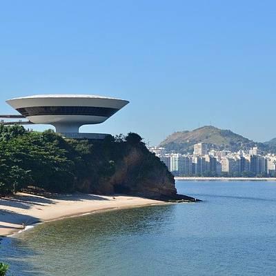Oscars Photograph - O Disco Voador Do Niemeyer!!!! by Igor Gomes