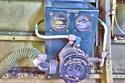 Photograph - O2 Regulator by Gordon Elwell