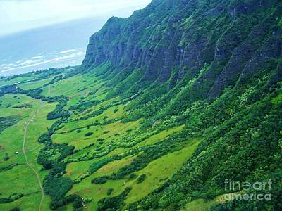 Oahu Jurassic Park Cliffs Art Print