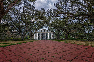 Photograph - Oak Alley Plantation by Erwin Spinner