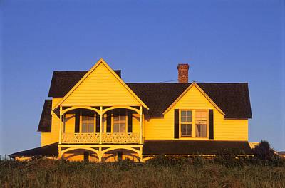 Photograph - Oak Bluffs Beach Cottage 1 by Jeremy Herman