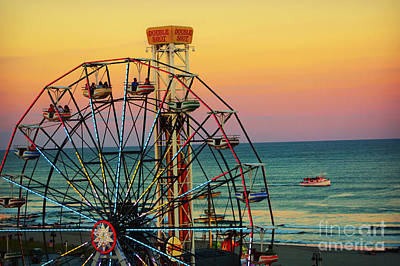 Ocean City Nj Wonder Wheel And Double Shot Art Print