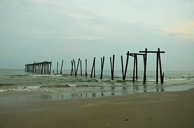 Ocean City Nj Photograph - Ocean City's 59th Street Pier by Bill Cannon