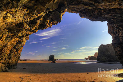 Oceanside Hideout Art Print by Mark Kiver