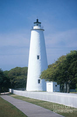 Ocracoke Lighthouse Photograph - Ocracoke Lighthouse by Bruce Roberts