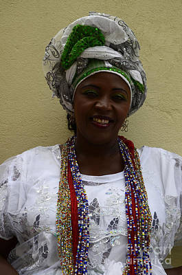 Bahai Photograph - Odolum Lady Salvador Brazil by Bob Christopher