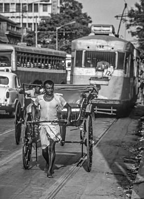 Traffic Congestion Photograph - Oh Calcutta Monochrome by Steve Harrington