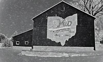 Snowstorm Photograph - Ohio Barn In Winter by Dan Sproul