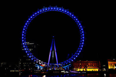 Oil Painting - London Eye In Blue Light At Night Art Print by Ashish Agarwal