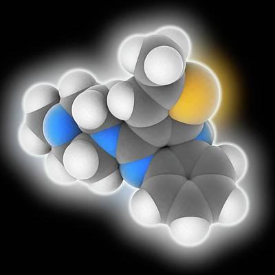 Schizophrenia Photograph - Olanzapine Drug Molecule by Laguna Design