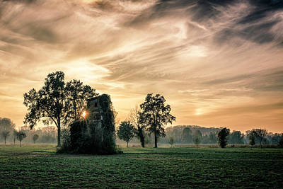 Old House Photograph - Old Abandoned House Covered By Vegetation At Sunset by Denis Bondioli