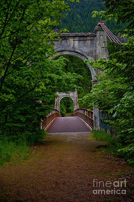 Old Alexandra Bridge Art Print by Rod Wiens
