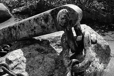 Photograph - Old Anchor Chain by John  Mitchell