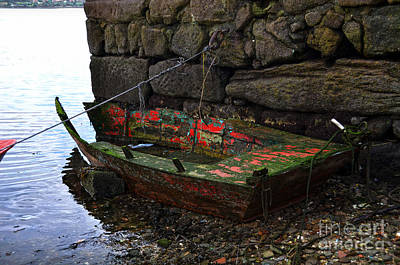 Photograph - Old And Decrepit Boat by RicardMN Photography