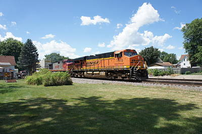 Dash 9 Photograph - Old And New Bnsf by Bradley Dixon