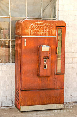 Photograph - Old And Rusty Coca-cola Machine by Sue Smith