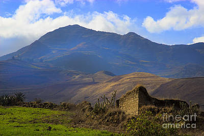 Patchwork Quilts Photograph - Old Andes Homestead by Al Bourassa
