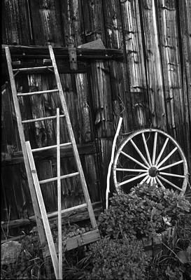 Photograph - Old Barn - Hadley Ma by Harold E McCray