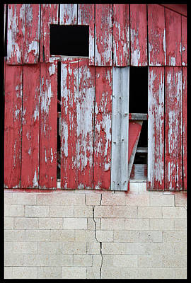 Old Barns Painting - Old Barn - 2 by John Lautermilch