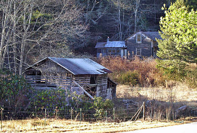 Photograph - Old Barn And House Along Slickfisher Rd by Duane McCullough