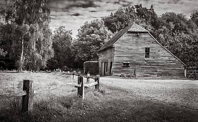 Photograph - Old Barn by Gary Gillette