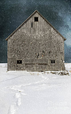 Old Barn In A Snow Storm Art Print by Edward Fielding