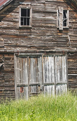 Old Maine Barns Photograph - Old Barn In Maine by Keith Webber Jr